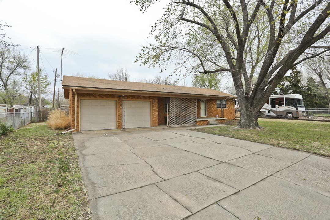 406 W 33rd St S Wichita Ks Mccurdy Auction Real Estate