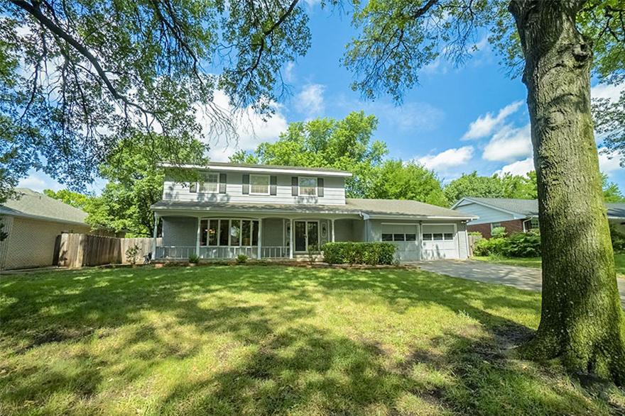 Auction - (Ne) 3,054 Sf Home W/ 4-br, 4-ba, & 2-car Gar In Rockwood - WICHITA, KS