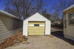 McCurdy Auction - (HUTCHINSON) 3-BR, 1-BA Home w/ 1-Car Garage