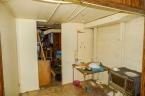 McCurdy Auction - (NW) NO MIN /NO RES- 4-BR, 1-BA Home w/ Det. 1-Car Garage